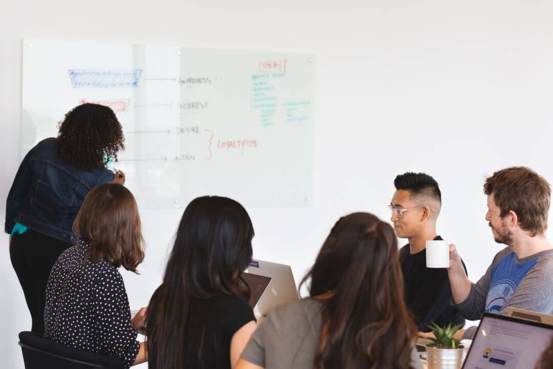 Launching a Project Management Office: Establish and Evolve